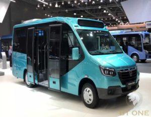 капотный автобус